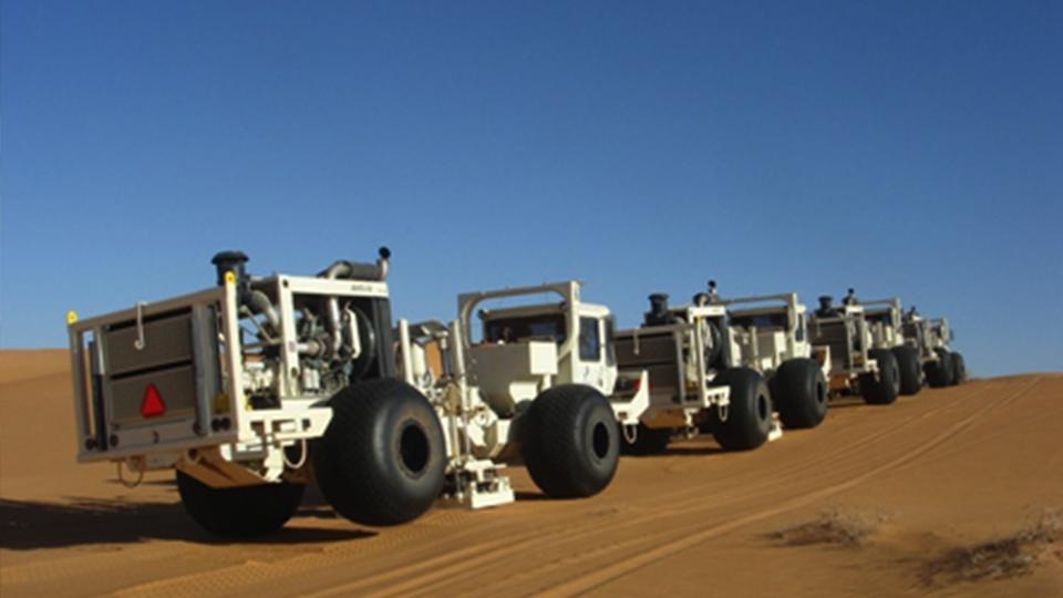 tokamak-vibro-seismic_trucks-01